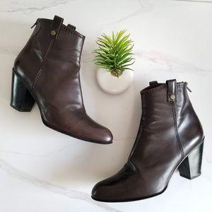 Stuart Weitzman Hipgal Short Boots Western Booties